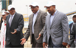 Dr Abiy Ahmed and Hailemariam Desalegn- PHOTO-EthioDaily